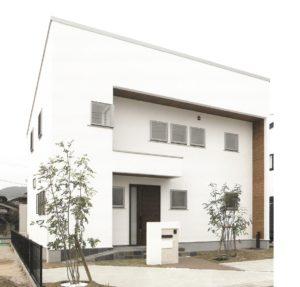 自由設計の注文住宅は、天然素材の無添加住宅がお奨め。自然素材の無垢材や漆喰(しっくい)で健康な住まいをご提供。 化学物質過敏症やシックハウス症候群のお客様にもおすすめです。アイ創建にお任せ下さい。